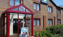 Gallery photo 3 of: Days Inn Magor