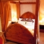Four Poster Spa Bridal Suite