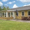 Three-Bedroom Holiday Home in Tarm  Tarm