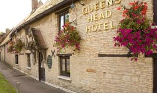 Picture of Queens Head Hotel