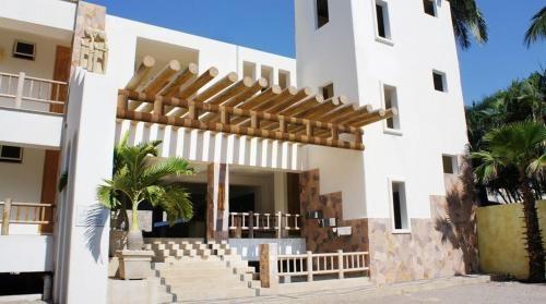 Akan resort los ayala for Bungalows villas del coral los ayala