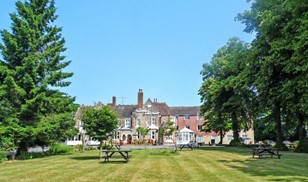 Picture of Larkfield Priory Hotel