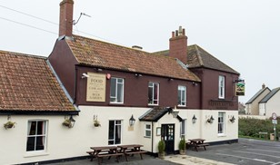 Picture of Brent Knoll Inn