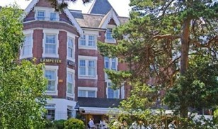 Picture of Lampeter Hotel