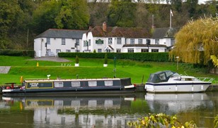 Picture of Shillingford Bridge Hotel