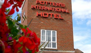 Picture of Potters International Hotel & Conference Centre