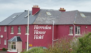 Picture of Herrislea House Hotel