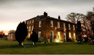 Picture of Rowley Manor Hotel